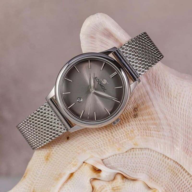 An exquisite watch that will definitely appeal to fans of modern design.