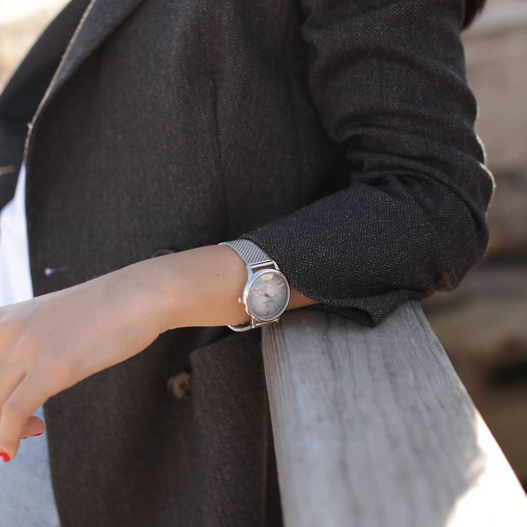 Despite its vintage charm, this watch will adorn any modern girl.